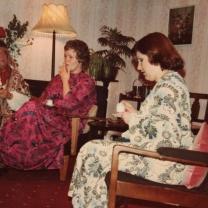 1979-02-blithe-spirit-007