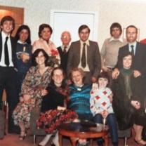 1981-11-the-anniversary-002