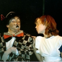 1985-12-alice-in-wonderland-002