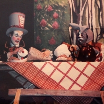 1985-12-alice-in-wonderland-010