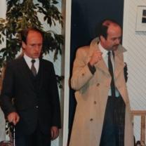 1986-06-uproar-in-the-house-002