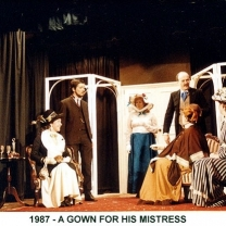1987-05-a-gown-for-his-mistress-003