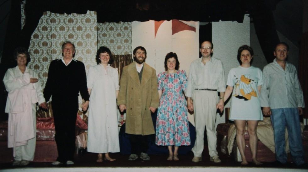 1988-11-bedroom-farce-004