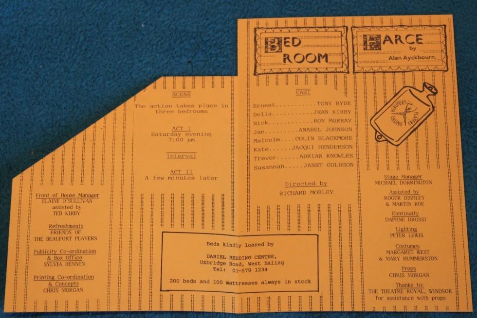 1988-11-bedroom-farce-005