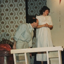 1988-11-bedroom-farce-002