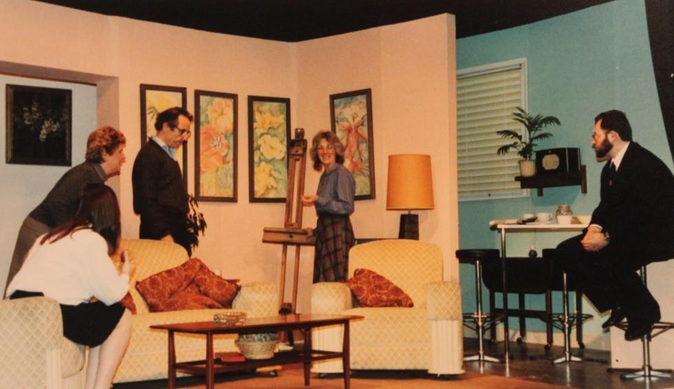 1993-05-pack-of-lies-004