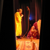 2004-11-arabian-knights-the-panto-012