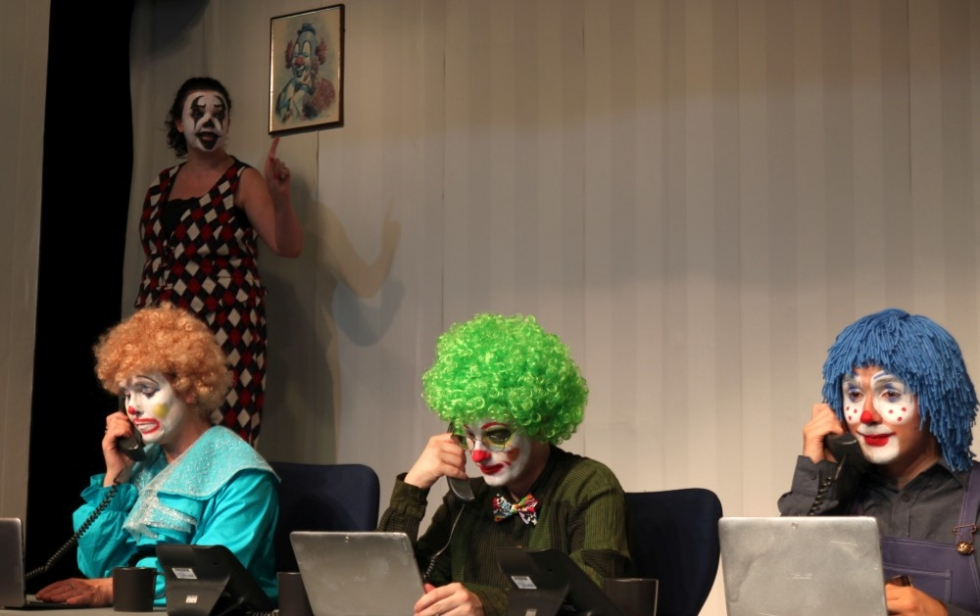 2019-07-clown-nation-002